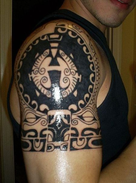 circle tribal tattoo